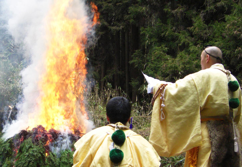 仏壇・墓石の撥遣供養